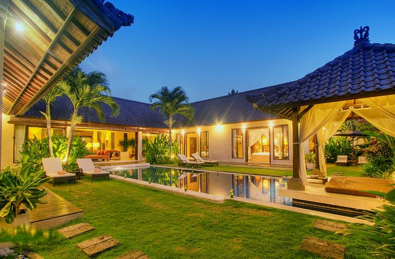 Bali seminyak villa tania with 3 bedrooms in the middle of Bali house designs floor plans